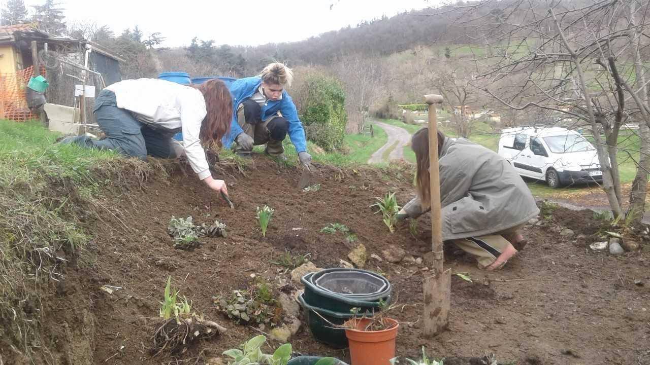2018 – L'Escale : mise en place d'un jardin éducatif